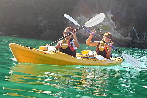 018_rugirl_kayak_marie-shuri.jpg