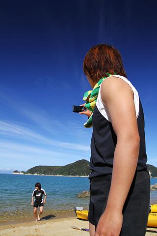 018_rugirl_kayak_beach-shuri-saiko.jpg
